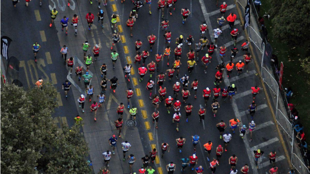 Atletas kenianos y chilenos se imponen en la Maratón de Santiago