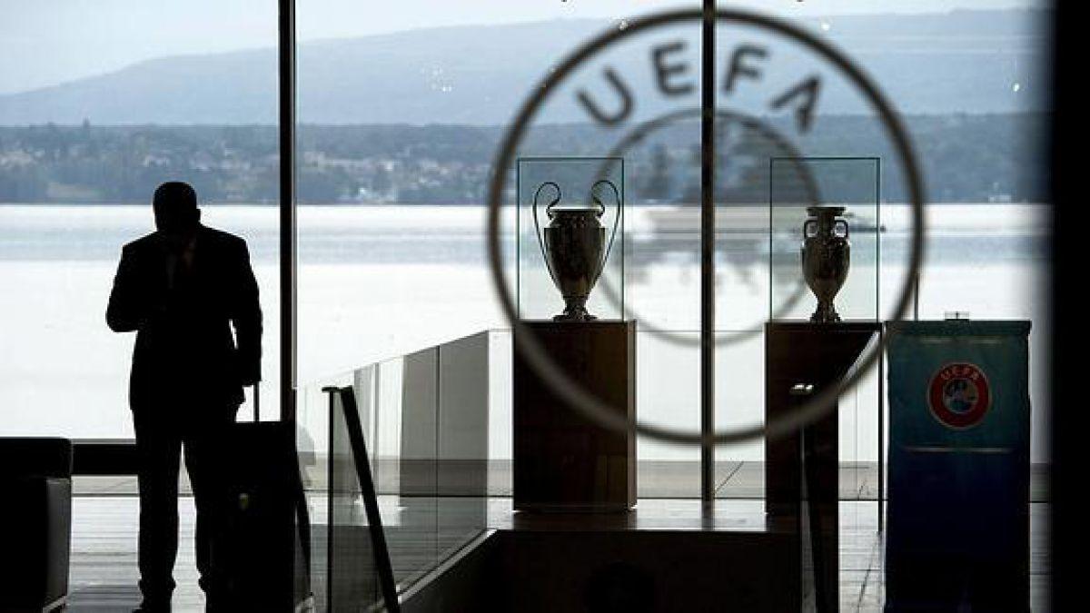 """Policía suiza registra sede de la UEFA por el caso """"Panama Papers"""""""