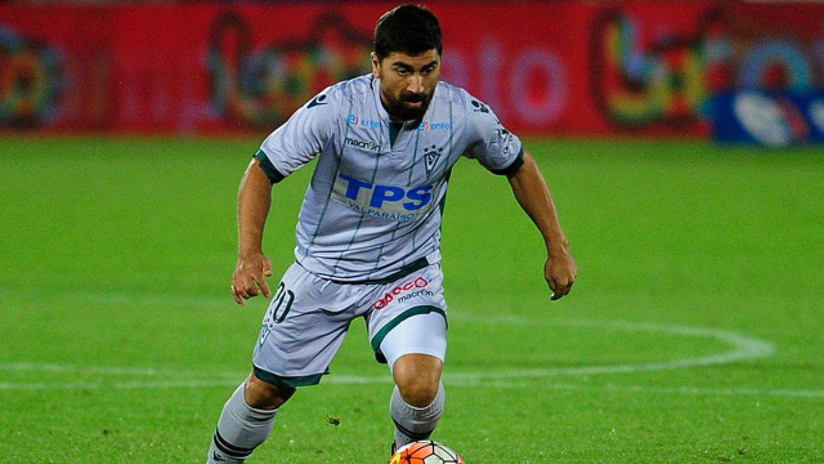 David Pizarro reaparece en Santiago Wanderers después de casi seis meses