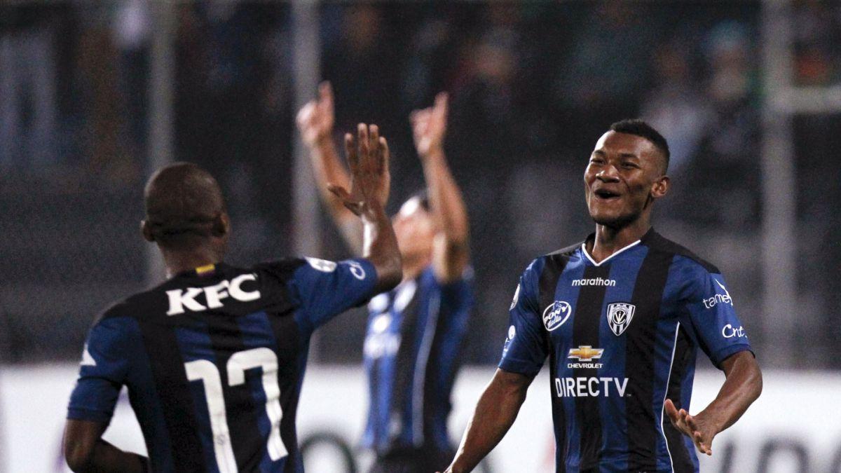 Independiente del Valle vence a Atlético Mineiro y complica a Colo Colo
