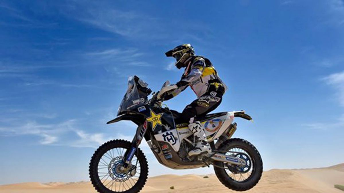 Quintanilla conforme tras quedar tercero en Rally Abu Dhabi Desert Challenge