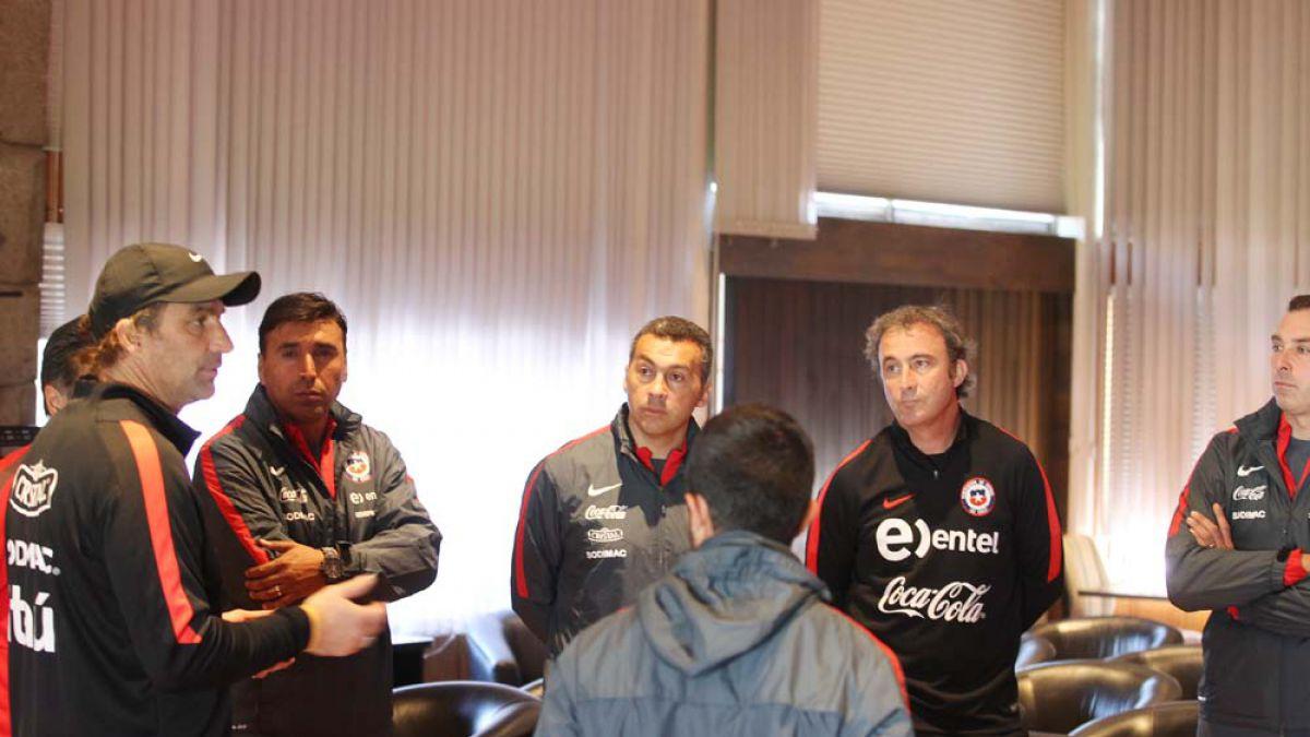 Pizzi compartió conceptos en reunión con nuevos entrenadores de selecciones menores