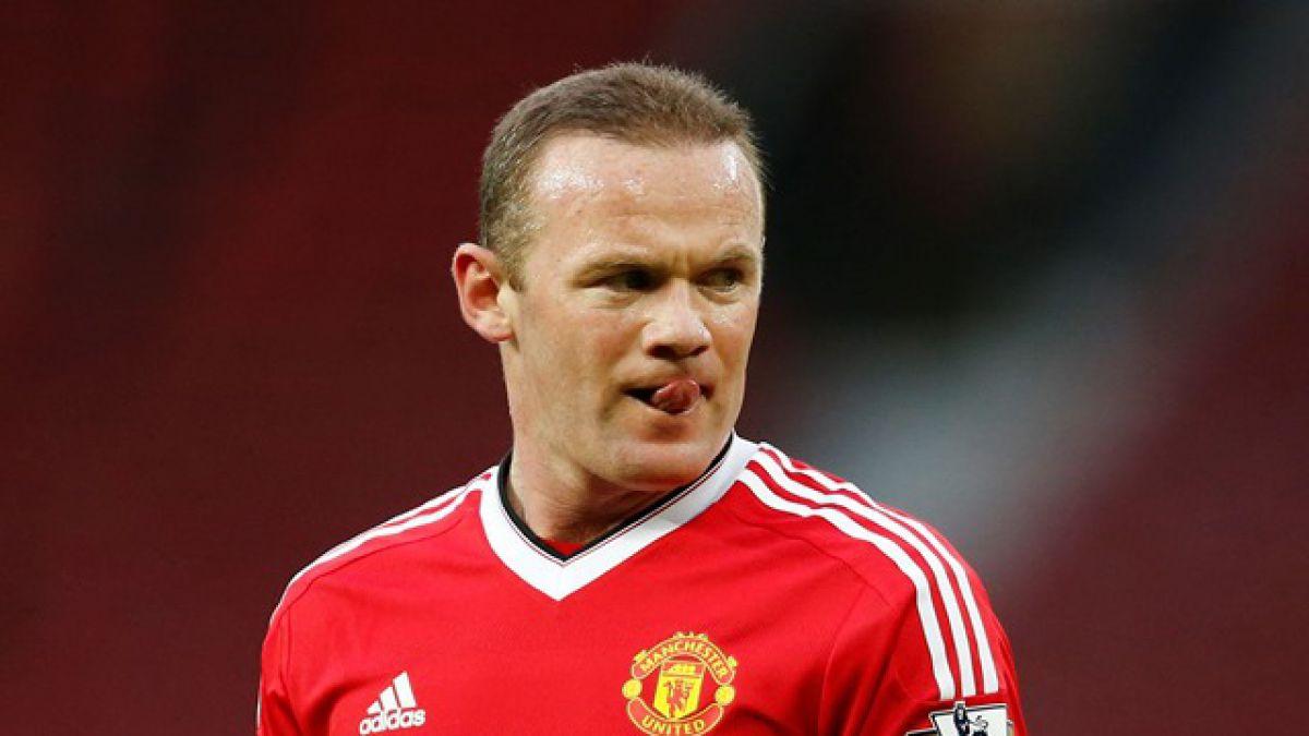 Wayne Rooney vuelve a jugar un partido tras dos meses de ausencia