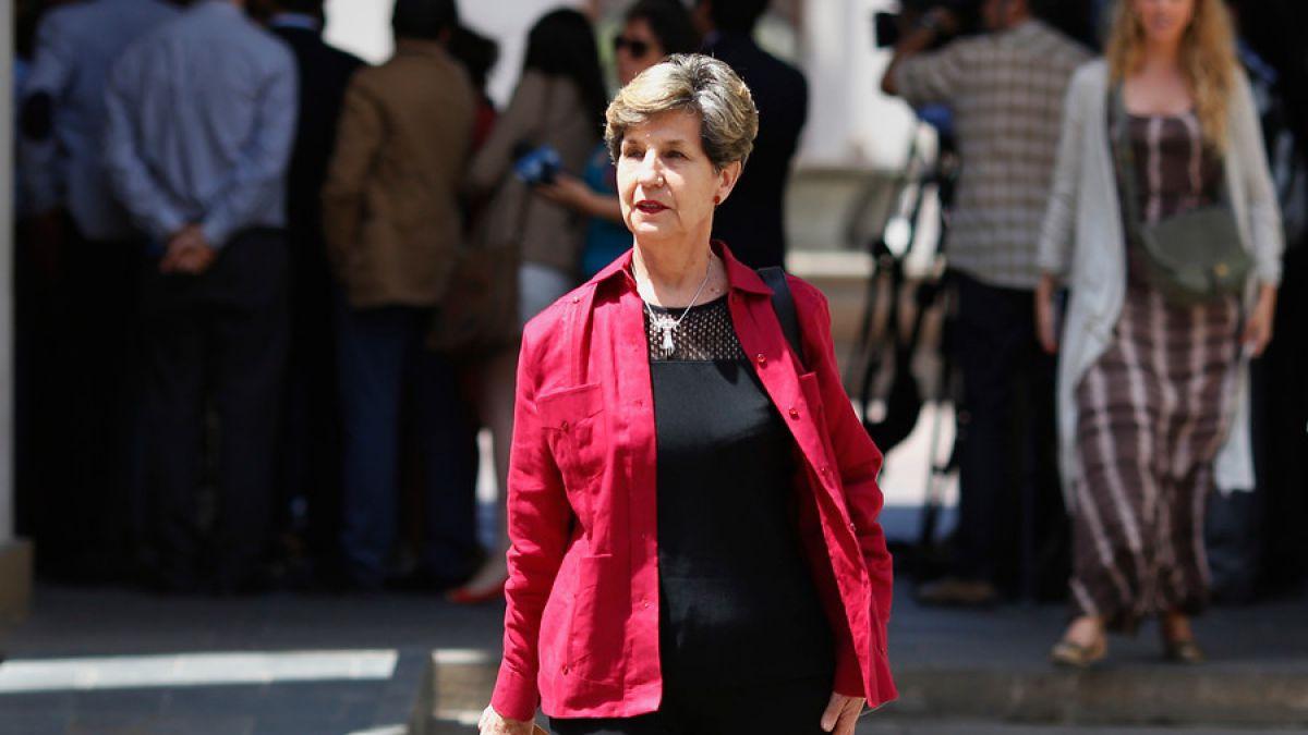 Isabel Allende respondió a críticas de Hernán Larraín
