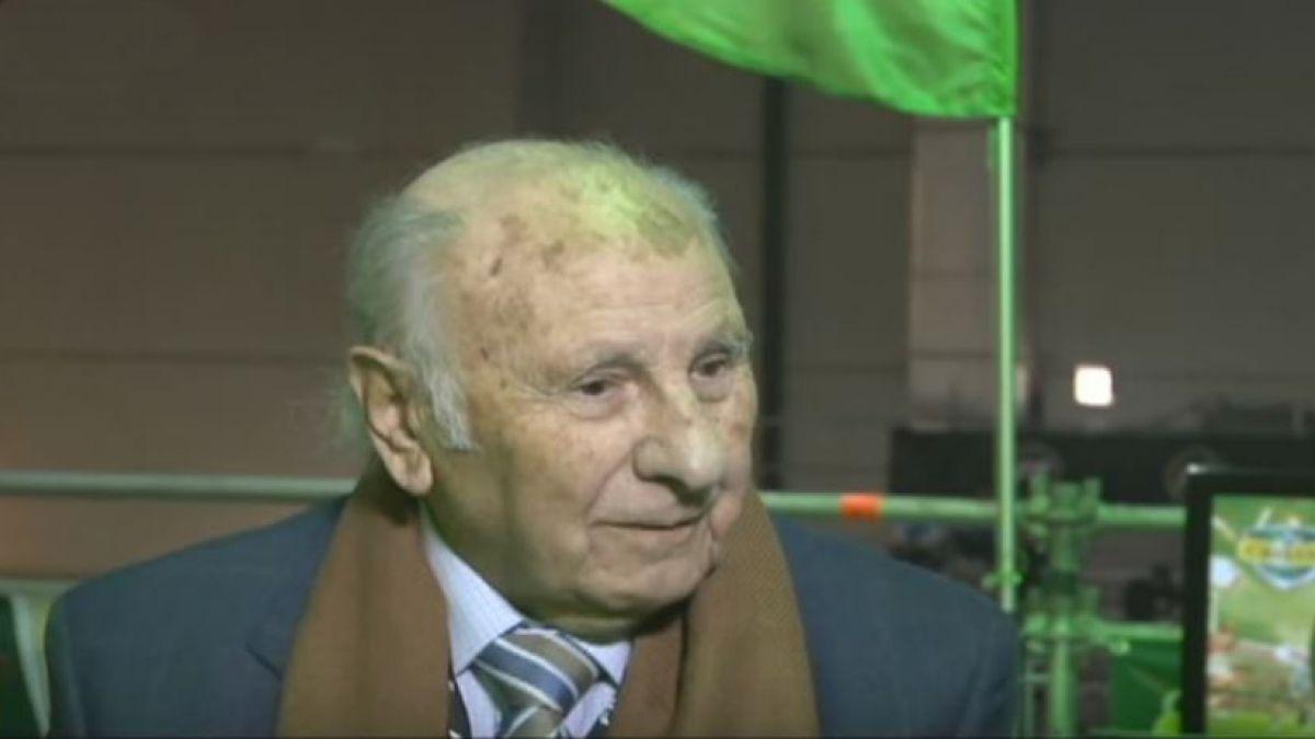 Murió el reconocido ex relator deportivo Abraham Dueñas
