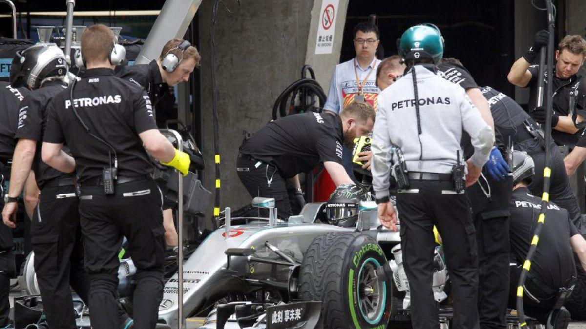 Rosberg consigue la pole con Mercedes y saldrá primero en GP de China