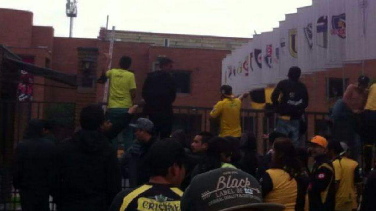 Hinchas de Coquimbo Unido provocan destrozos en sede de la ANFP
