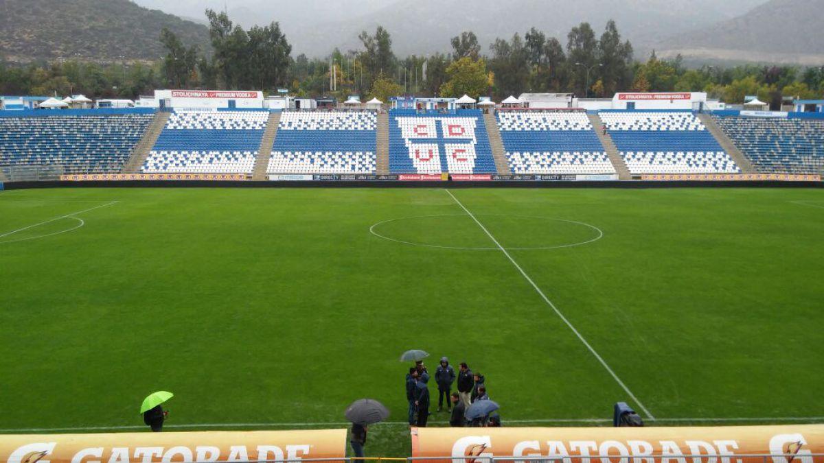 Finalmente por intensas lluvias que afectan a Santiago se suspende el Clásico Universitario