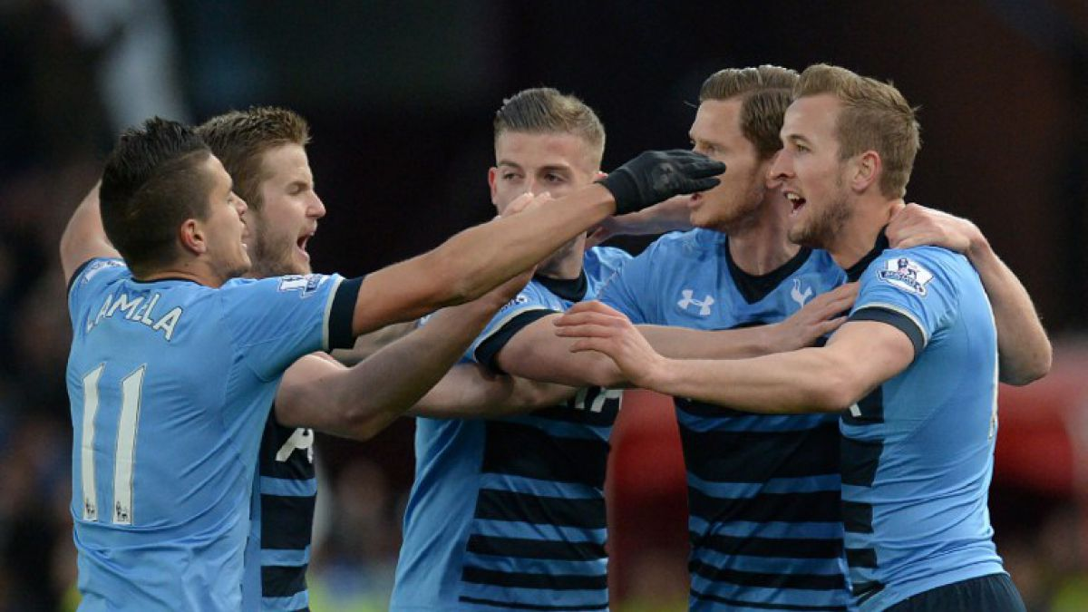 No se dan por vencidos: Tottenham goleó al Stoke City y acecha a Leicester