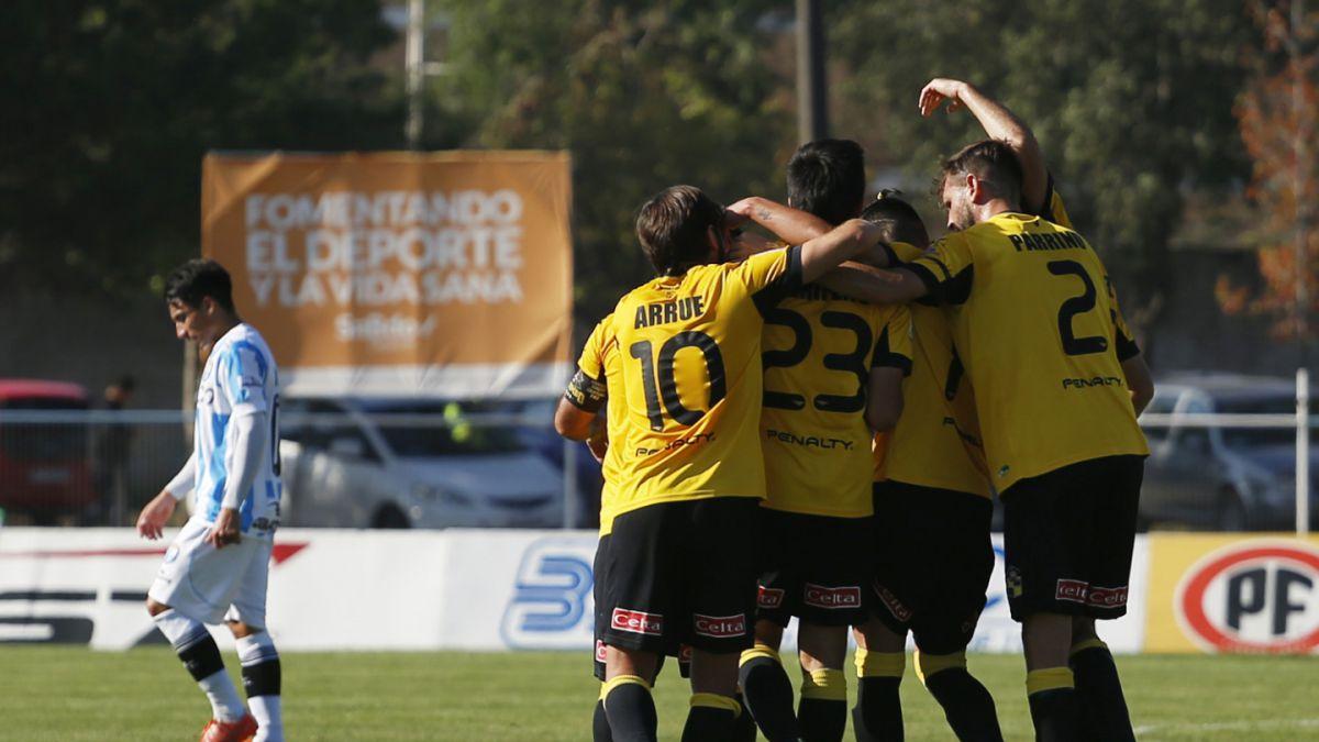 Coquimbo Unido salió de la zona de descenso con goleada sobre Magallanes