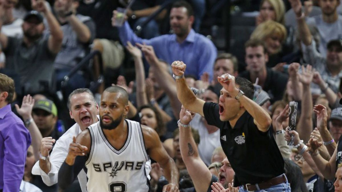 San Antonio y Atlanta logran sólidos triunfos en los playoffs de la NBA