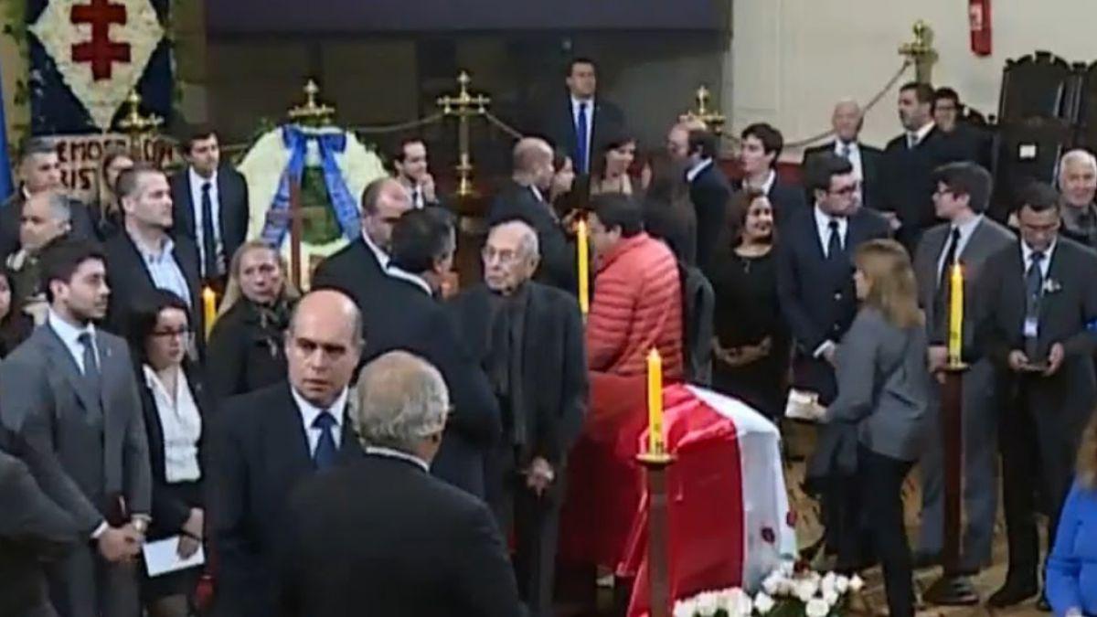 Carlos Altamirano participó de guardia de honor a Patricio Aylwin
