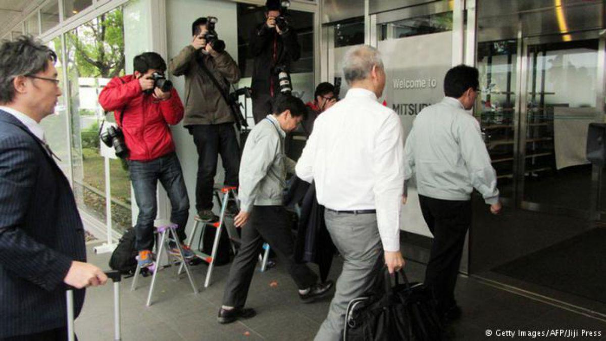 Dimite presidente de Mitsubishi Motors por manipulación de datos de consumo