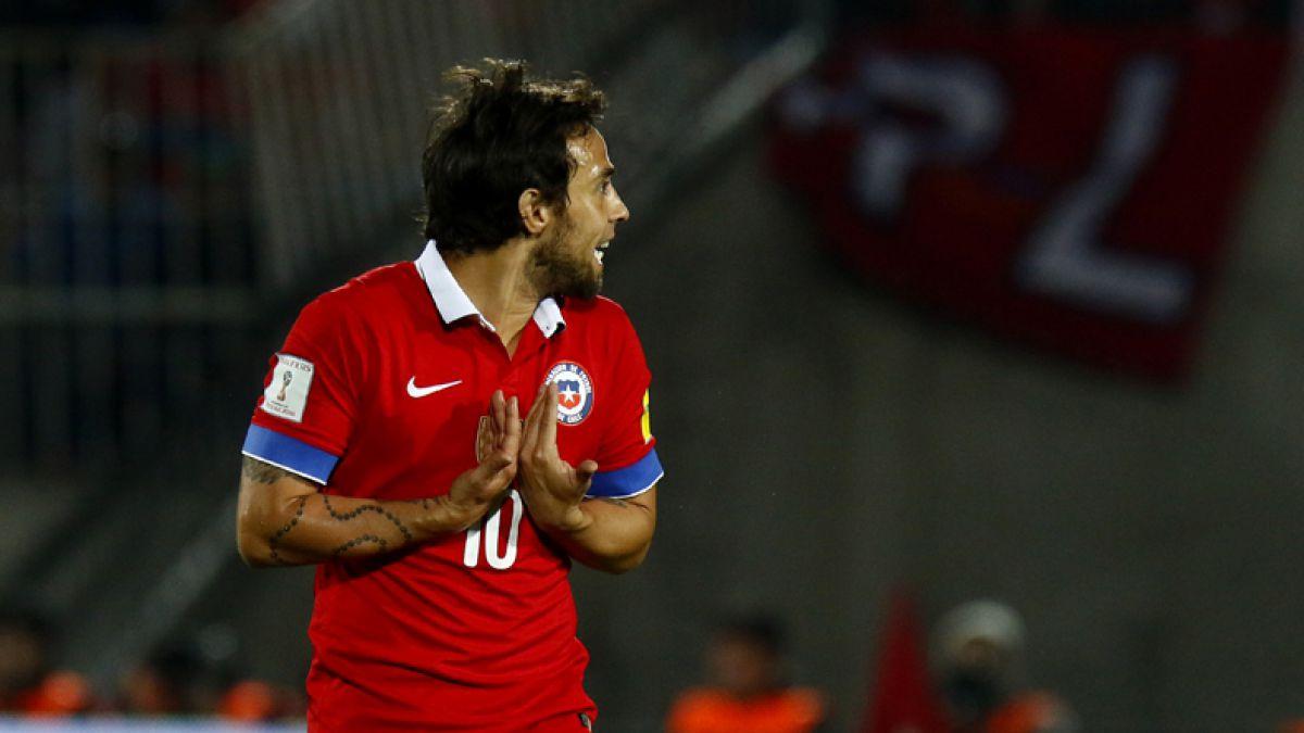 """Copa Centenario: Lesión de Fernández podría abrir la puerta a Valdivia en """"La Roja"""""""