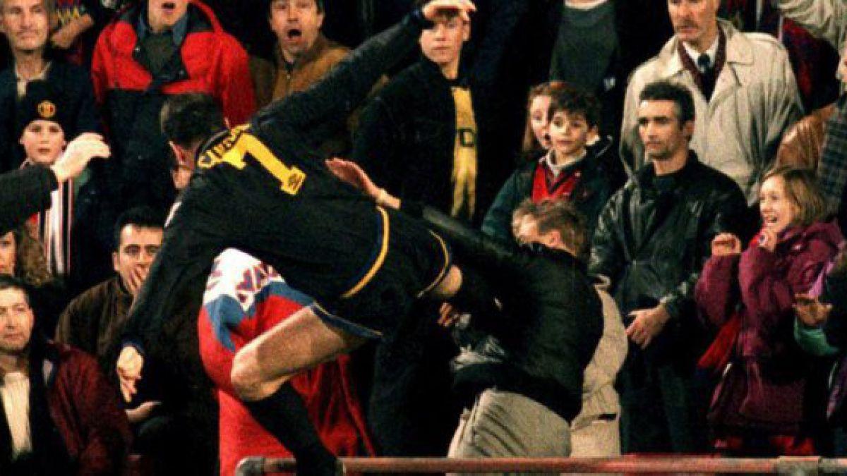 """Éric Cantona y su recordada agresión a hincha: """"Debería haberle pegado más fuerte"""""""