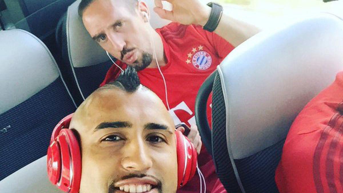 """[FOTO] Arturo Vidal ya palpita duelo """"por el título"""" de Bayern Munich"""