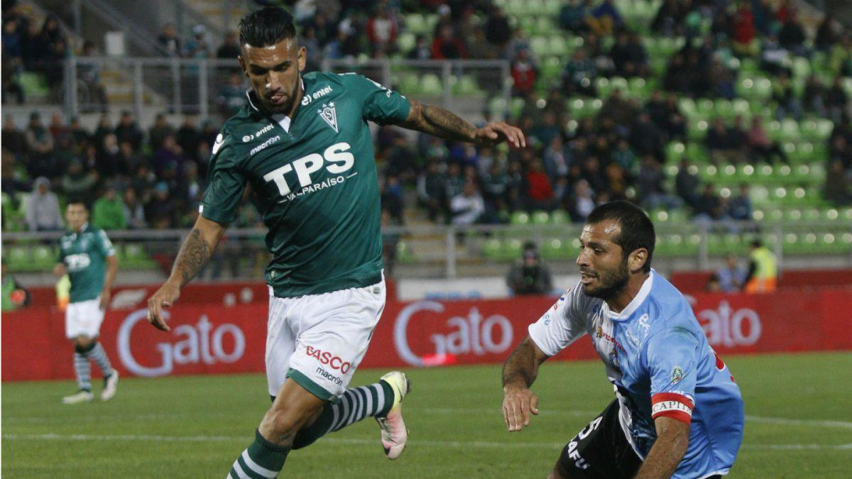 Wanderers empata con Antofagasta y se despide de cualquier opción al título
