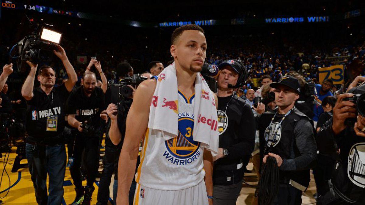 Jugador de Warriors confesó que Stephen Curry lloró tras sufrir lesión