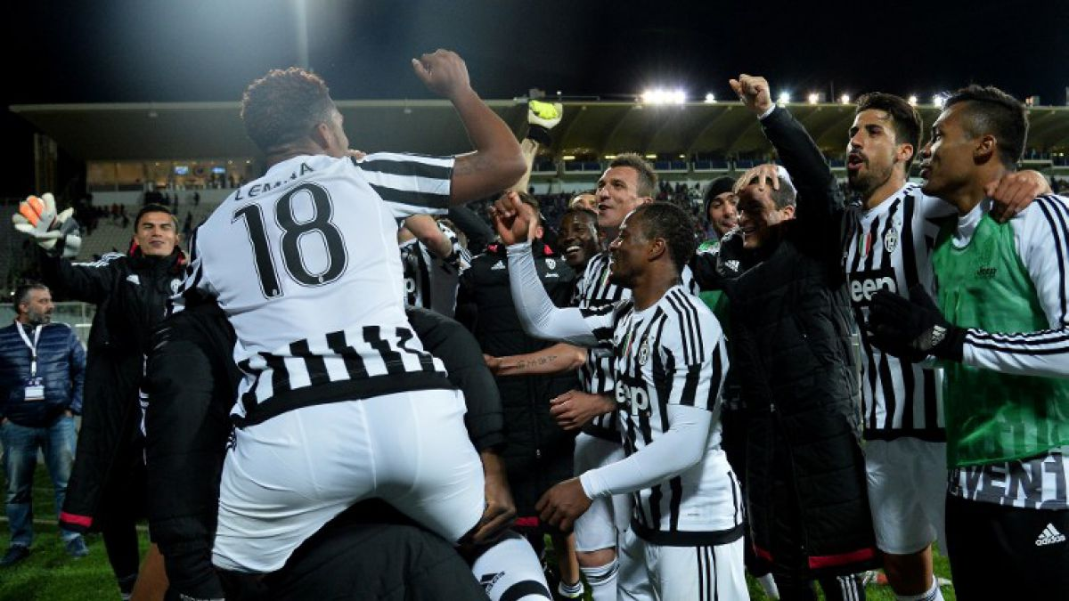 Juventus aprovecha derrota de Napoli para coronarse pentacampeón en Italia