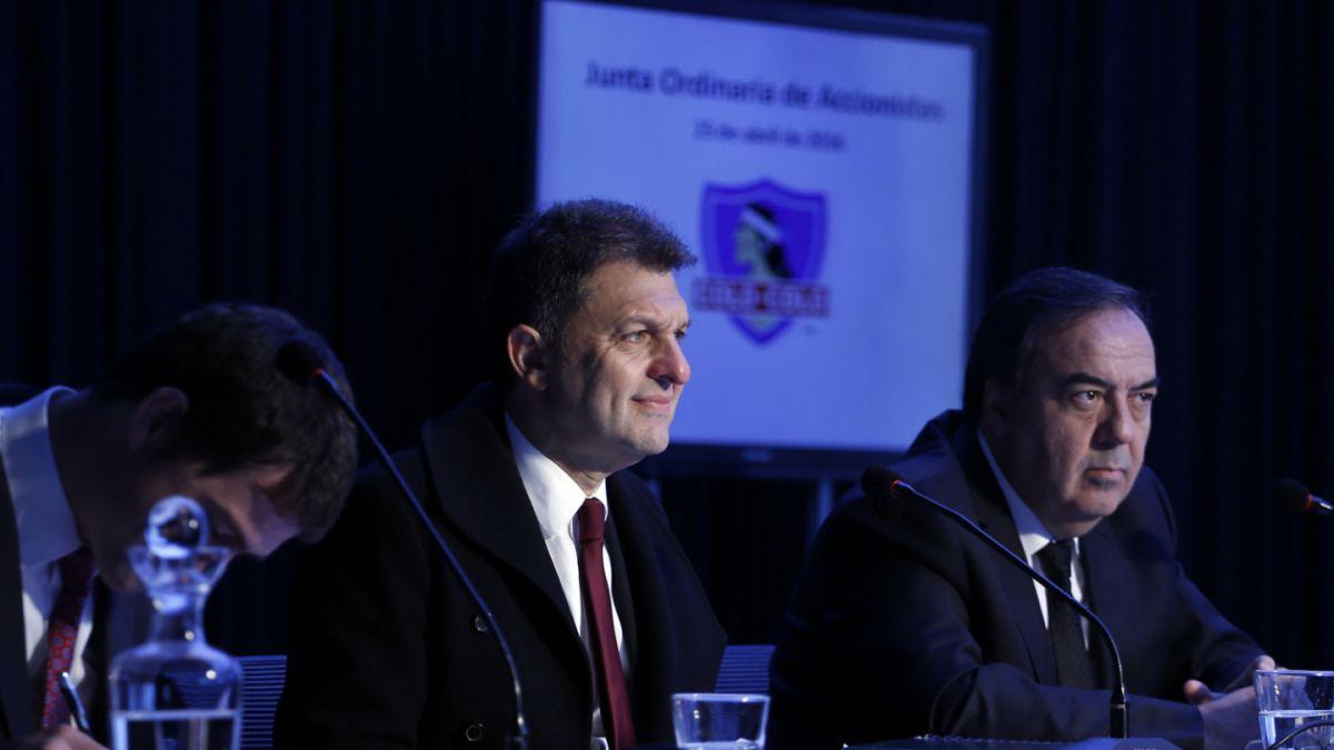 Mosa vuelve a ratificar a Sierra y promete esfuerzo por fichajes para Colo Colo