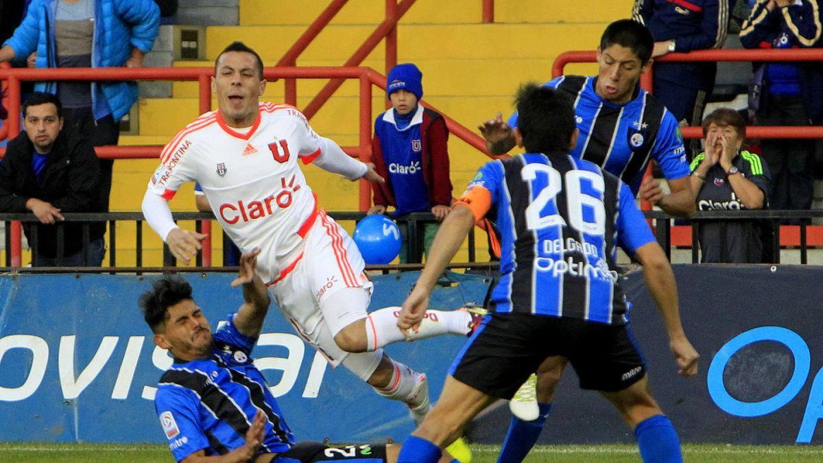 Sebastián Ubilla sufre escalofriante fractura en duelo ante Huachipato