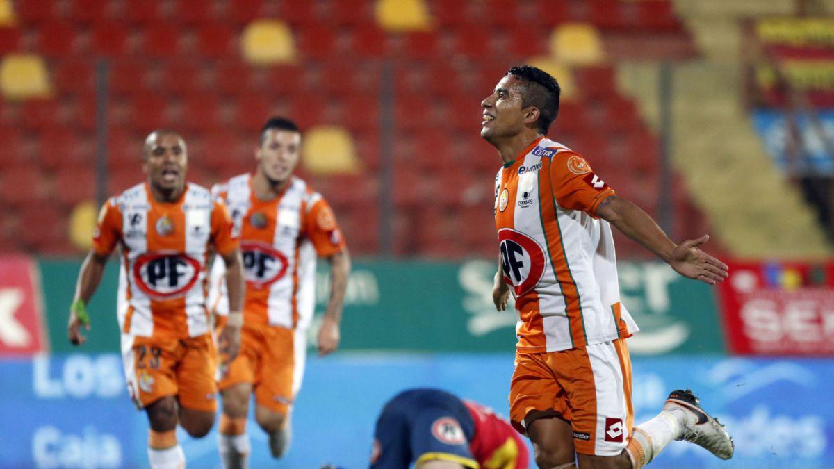 Cobresal se mantiene en Primera División tras empatar con Unión Española