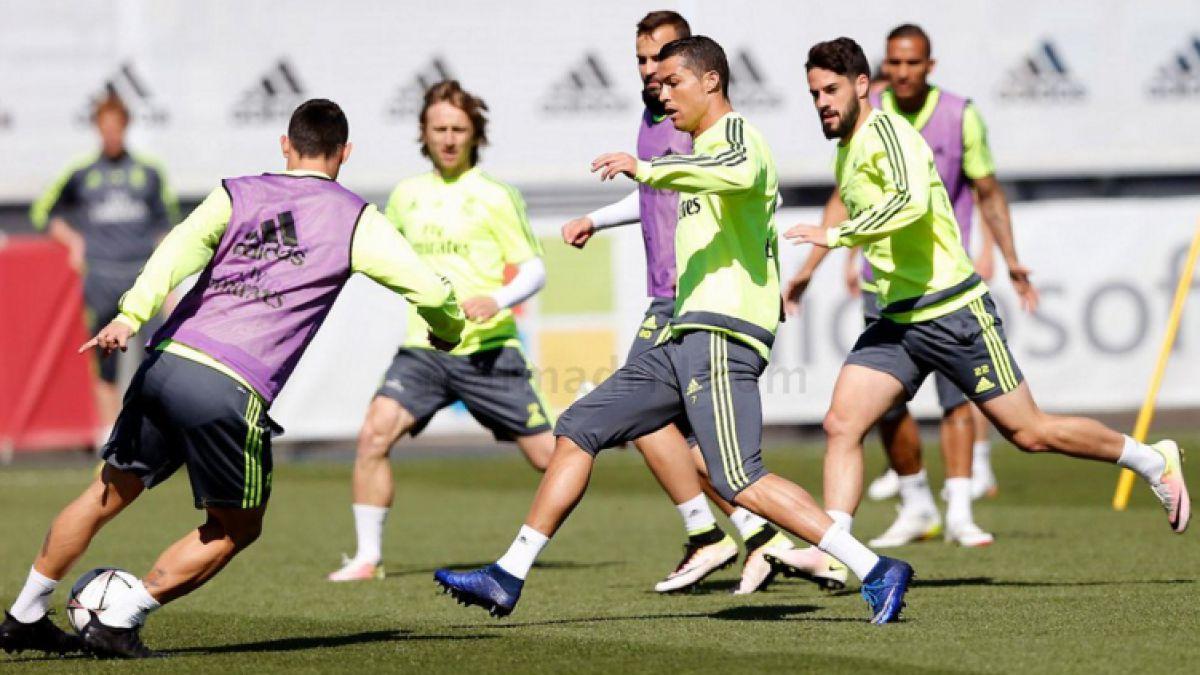 Cristiano Ronaldo entrena con normalidad y quiere ir por récord en Champions