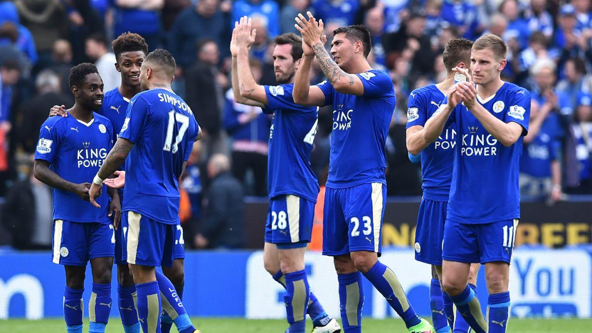 [VIDEO] El momento en que los jugadores del Leicester se enteran que son campeones