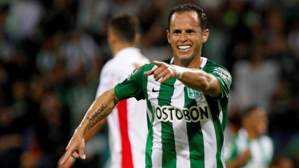 Atlético Nacional derrotó a Huracán y está en cuartos de Libertadores