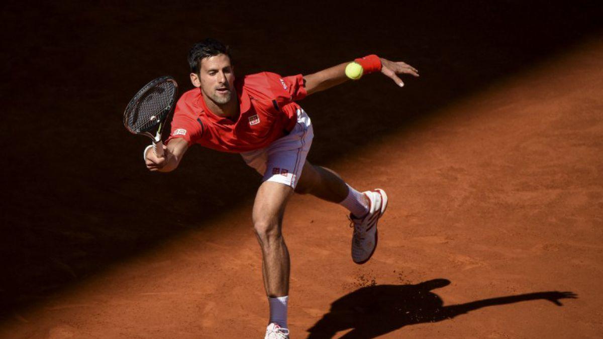 Djokovic vence con solidez y se instala en octavos del Torneo de Madrid