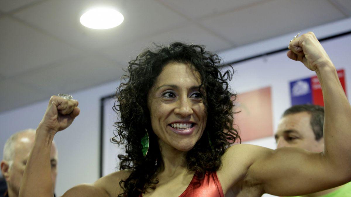 Crespita Rodríguez sorprende boxeando con ocho meses de embarazo
