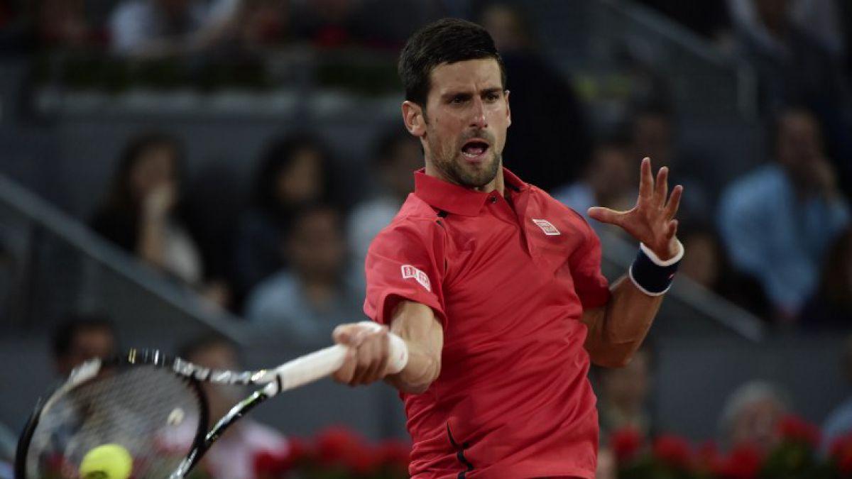 Novak Djokovic derrota a Raonic y avanza a semifinales en Madrid