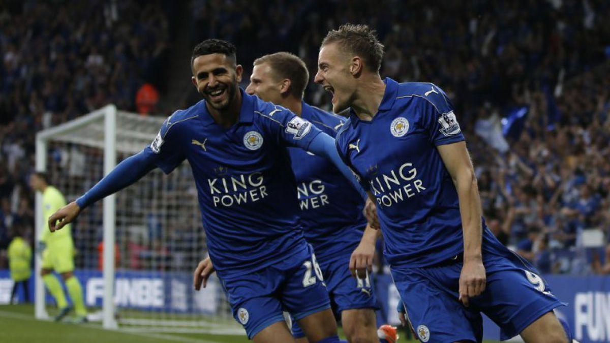 El campeón Leicester celebra venciendo a Everton y con show musical en un repleto estadio