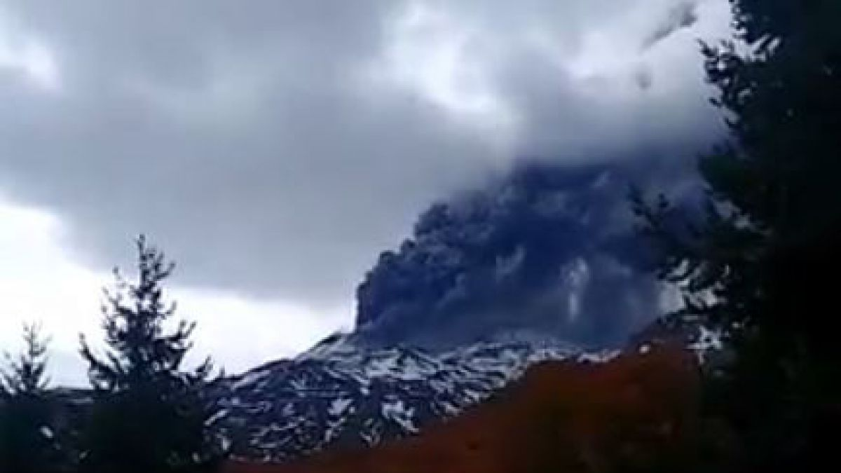 [VIDEO] Se produce un pulso eruptivo en Nevados de Chillán