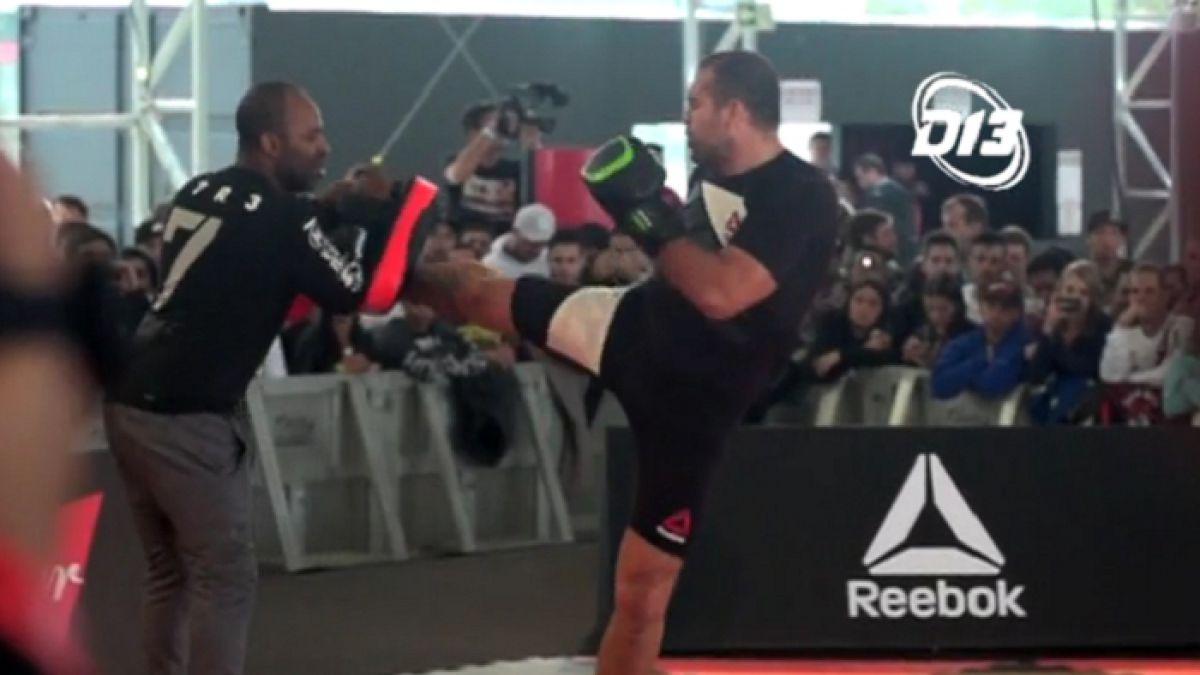 [VIDEO] Las estrellas de la UFC realizan entrenamiento de exhibición en Curitiba