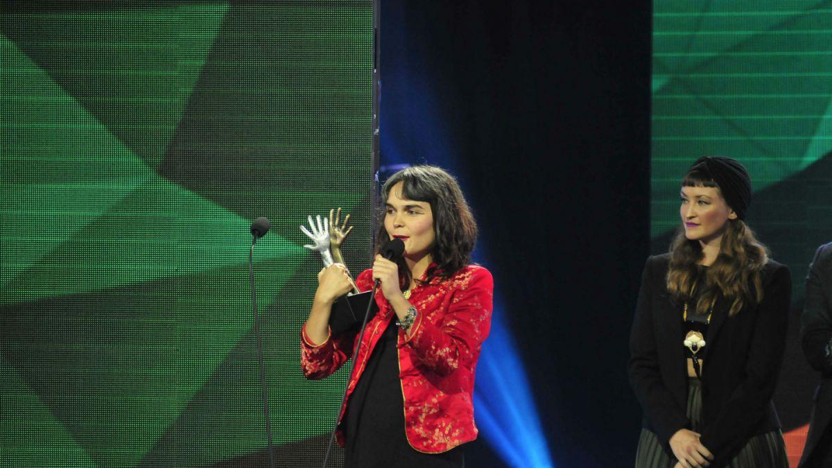 Camila Moreno: Todavía hay ganas de que la música te cachetee y no solo te haga mover el potito