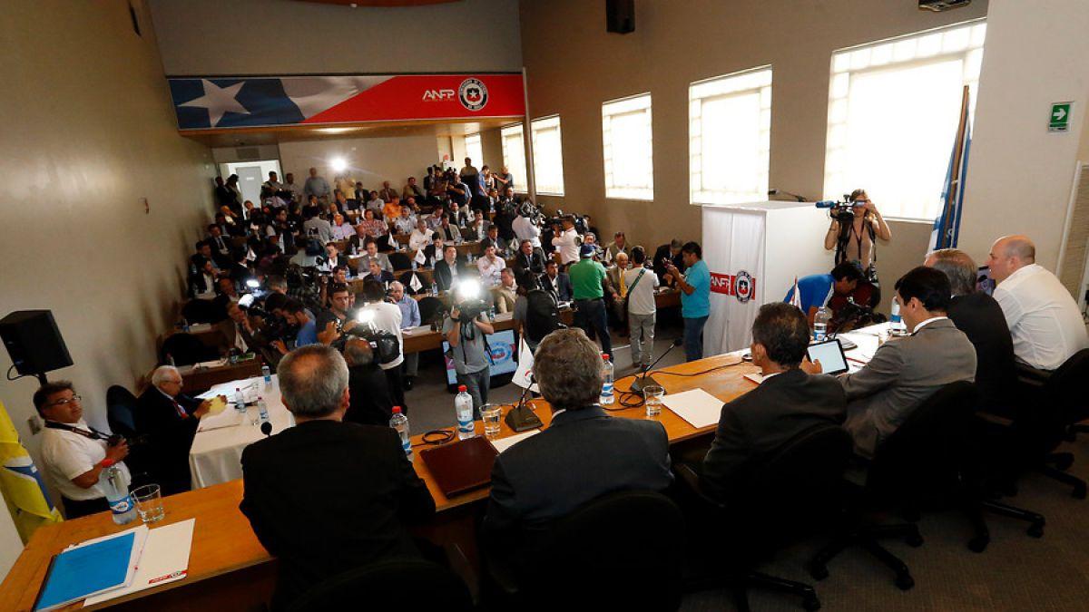 Ciper Chile: Pruebas indican que dirigentes son cómplices del hoyo financiero de Jadue