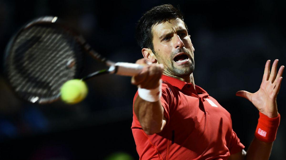 Djokovic sufre para vencer a Nishikori y avanza hasta la final del Masters 1000 de Roma
