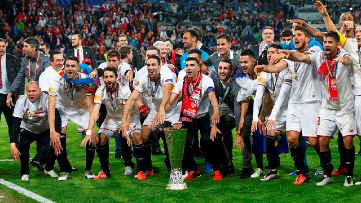 Sevilla remonta ante Liverpool y logra el tricampeonato de la Europa League