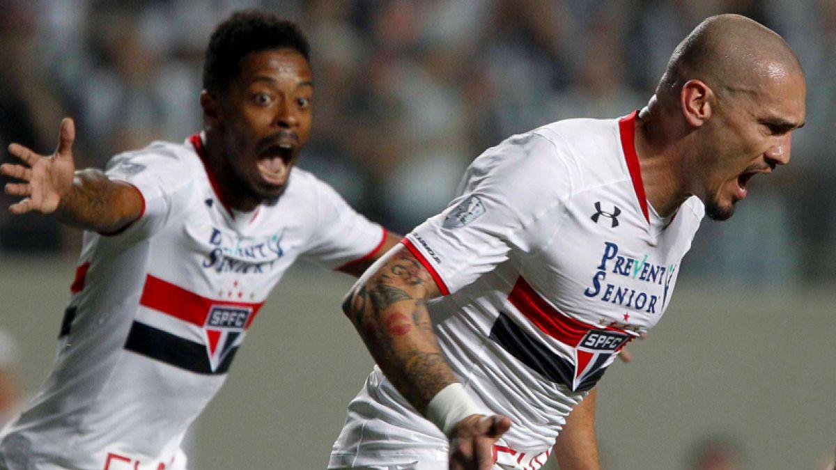 Sao Paulo de Eugenio Mena es el primer clasificado a las semis de la Libertadores 2016