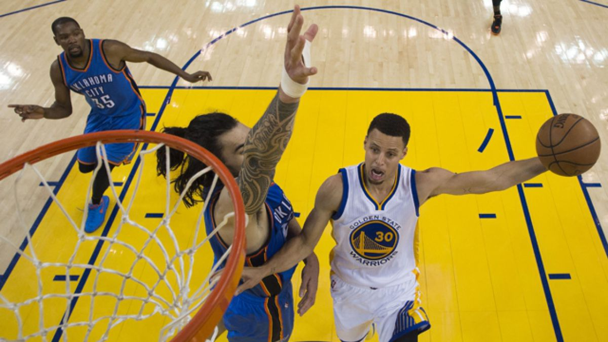 Warriors vencen a los Thunder y empatan 1-1 la serie final del Oeste
