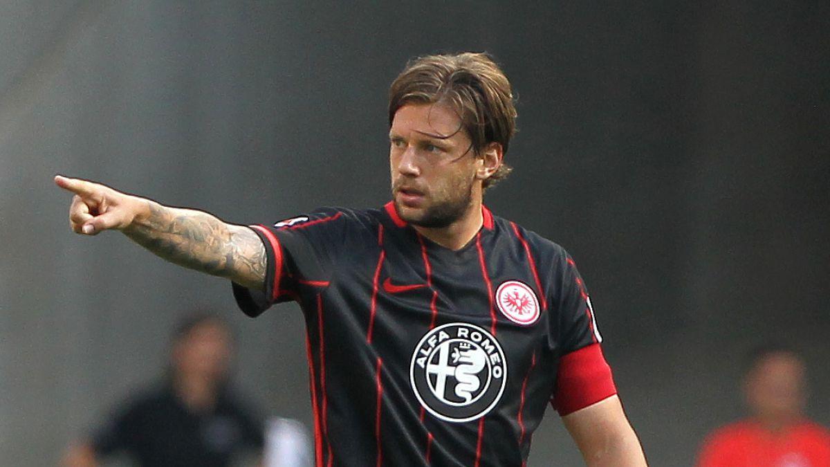 Detectan un tumor al capitán del Eintracht Fráncfort en un control antidopaje