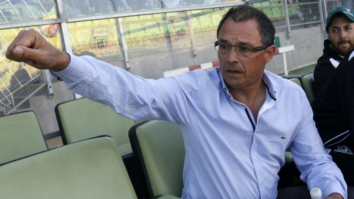 Alfredo Arias se marcha de Santiago Wanderers y asume en Emelec