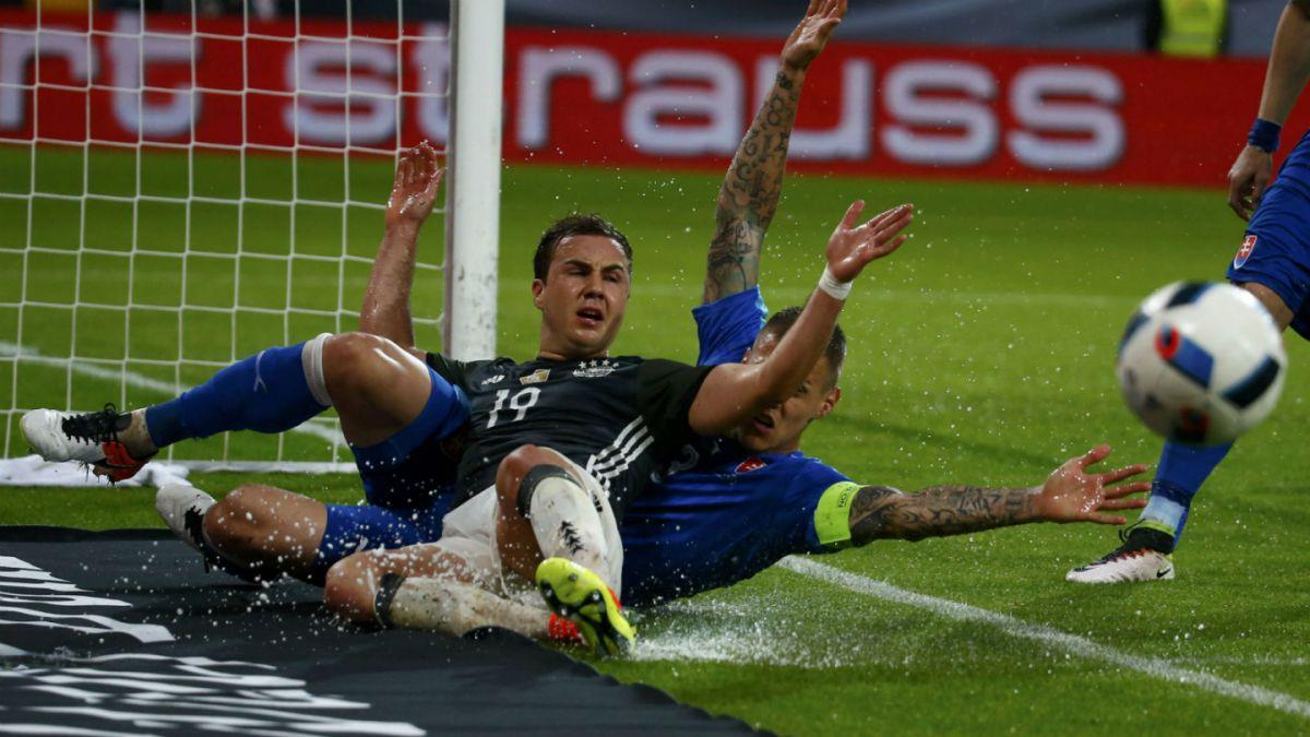 Alemania cae ante Eslovaquia en medio de polémica por discriminación a uno de sus jugadores