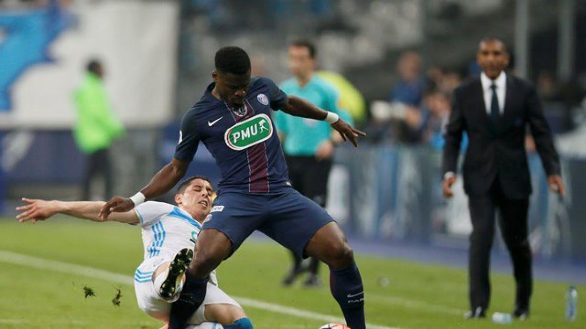 Nuevamente en la polémica: Futbolista del PSG será juzgado por atacar a policías
