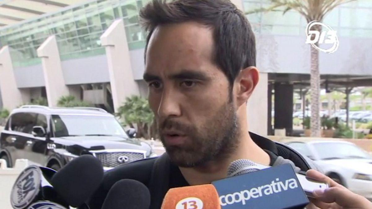 """Claudio Bravo se une a """"La Roja"""" asumiendo cartel de favoritos y enviando mensaje a ANFP"""