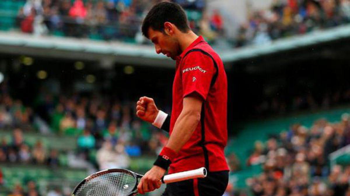 Djokovic está en semis de Roland Garros y chocará con sorprendente jugador austríaco