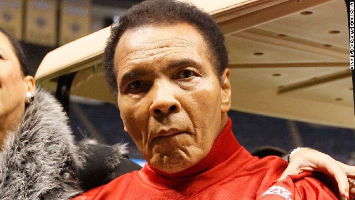 Muhammad Ali es hospitalizado por problema respiratorio