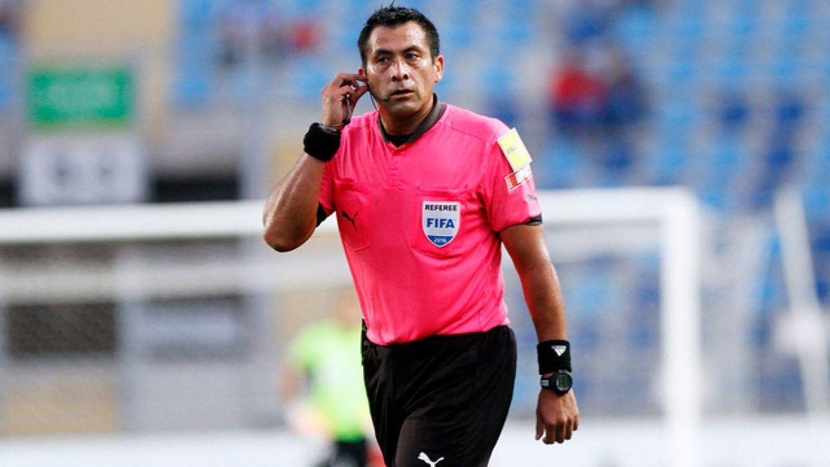 Julio Bascuñán dirigirá este sábado el partido entre Brasil y Ecuador por la Copa Centenario