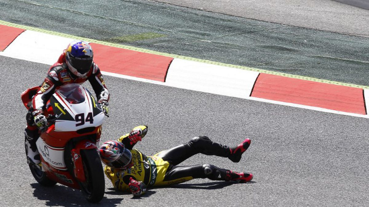 Fallece piloto de Moto 2 tras sufrir fuerte caída en prácticas de Montmeló